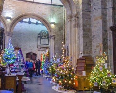 Tavistock-Christmas-Tree-Festival.jpg
