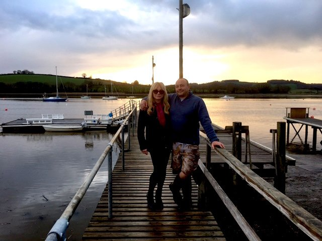 Andy and Vicki boatyard.JPG