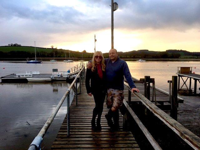 Andy and Vicki boatyard.JPG