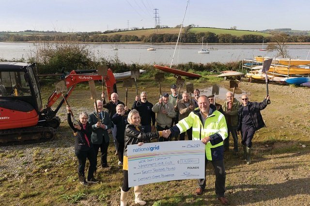 National Grid donates £20,000 to Bere Alston watersports club