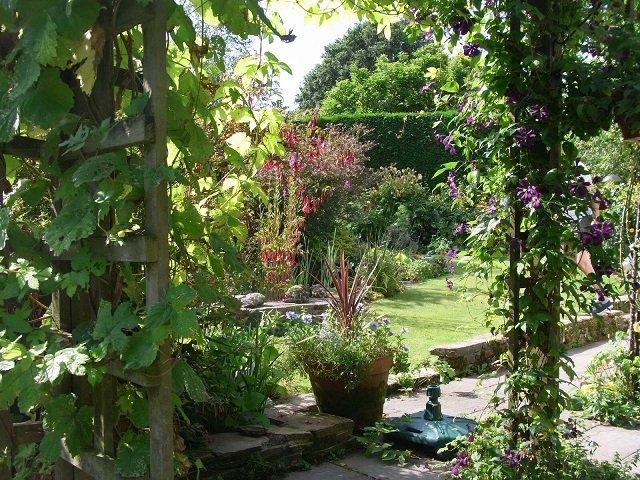 Yelverton Gardens