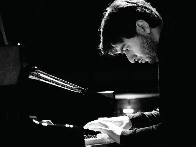 Luka Okros
