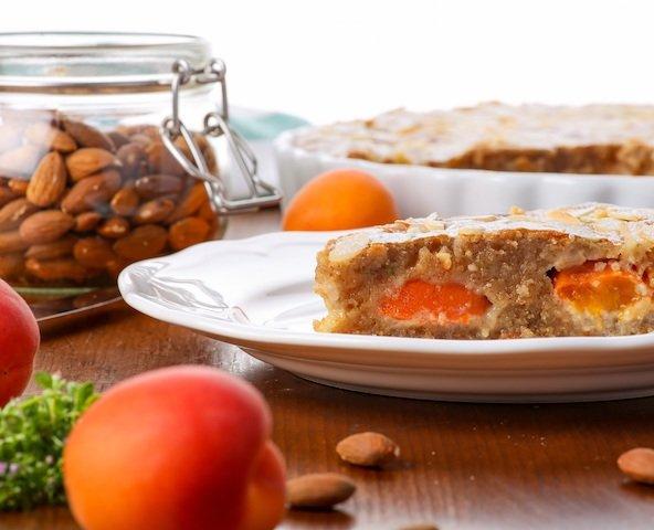 apricot-2607382.jpg