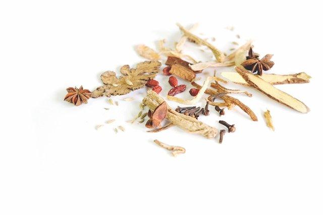 chinese-herbal-medicine-2993344.jpg