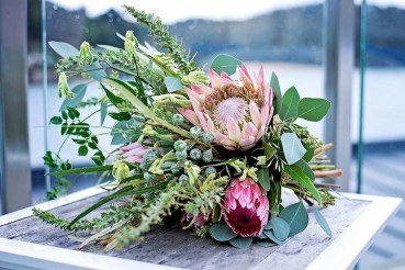 Amanda-Randell-bouquet-with-South-African-flowers.jpg
