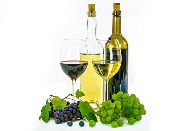 white-wine-1761771.jpg