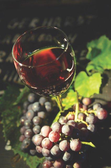 wine-glass-951312.jpg