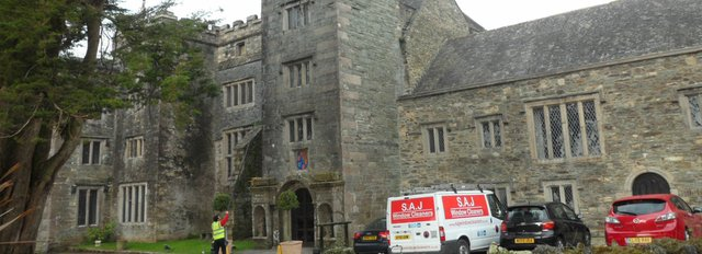 window-cleaners-plymouth-window-cleaning-plymouth-commercial-window-cleaners-plymouth-saj-window-cleaners-plymouth-sl-1.jpg