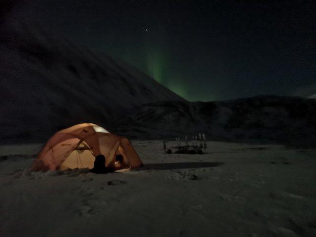 Tent & aurora borealis.jpg