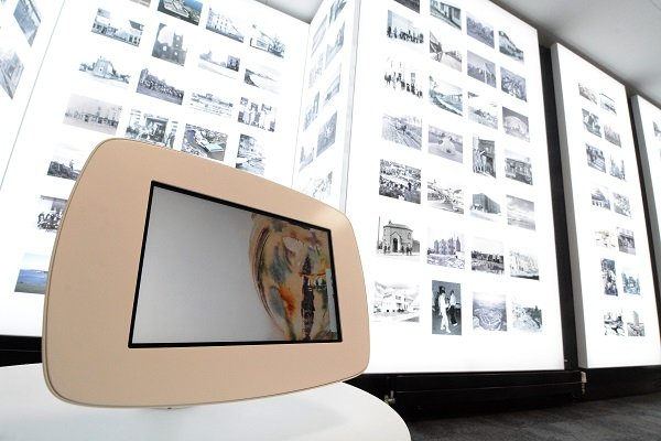 The Box - Photo Album gallery.JPG