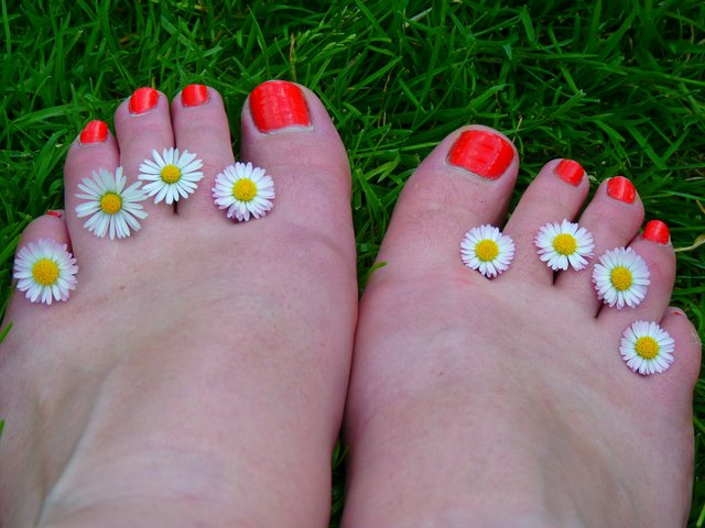 Put your best foot forward this summer