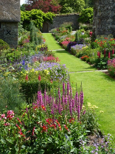 The Garden House Long Borders.jpg
