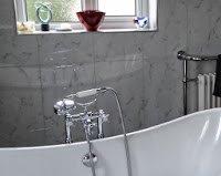 bathtubsue.jpg